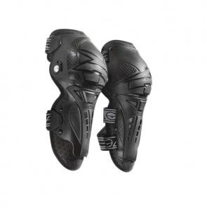 AXO CE TMKP KNEE GUARDS BLACK